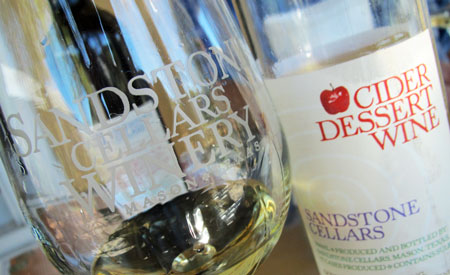 Sanstone-Cellars-Apple-Dess